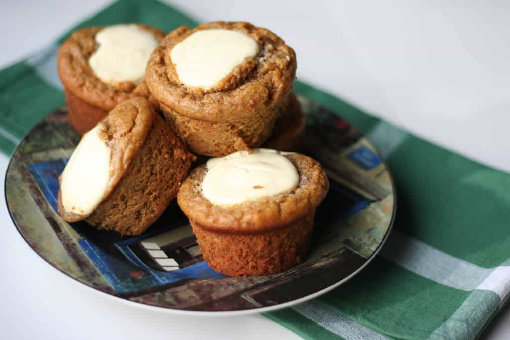 Cheesecake topped carrot banana muffins