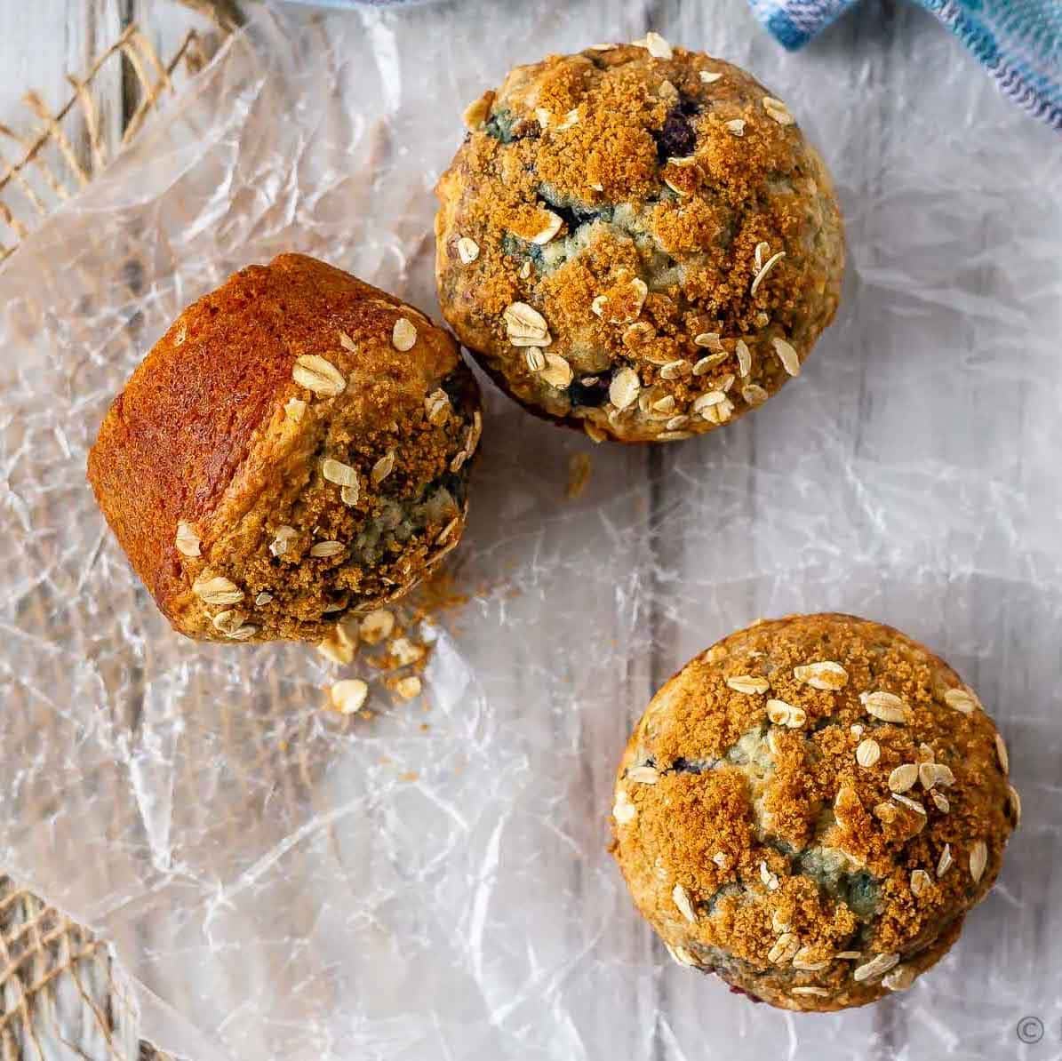 Enjoy a healthier blueberry muffin with these blueberry oatmeal muffins - filled with oats and blueberries, and less oil and sugar then your typical muffin!