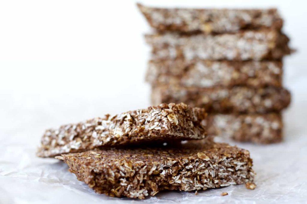 Chocolate macaroon granola bars