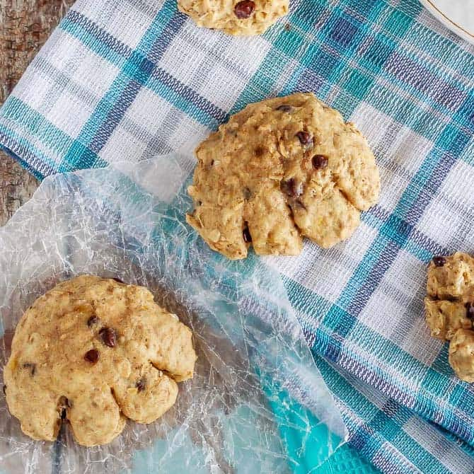 Super soft banana bread bear paws that are made with whole grains and are much healthier than the store-bought ones. Plus, the kids love 'em!