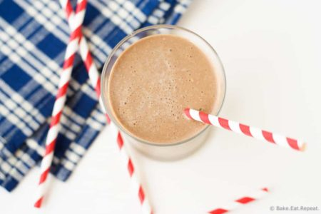 Healthy Chocolate Peanut Butter Smoothie - A healthy and filling chocolate peanut butter smoothie, with bananas and oatmeal as well for a full meal!