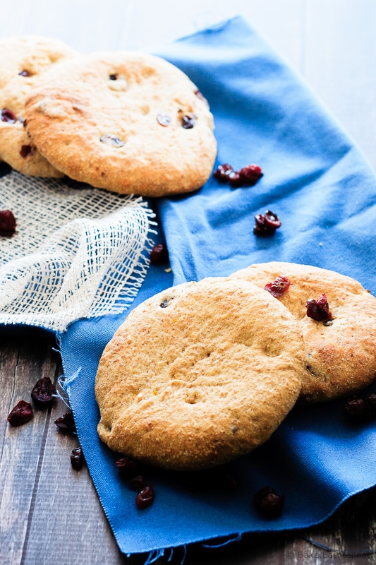 Cranberry Orange Breakfast Pitas - Whole grain breakfast pitas flavoured with cranberry and orange. A great way to change up your morning meal!