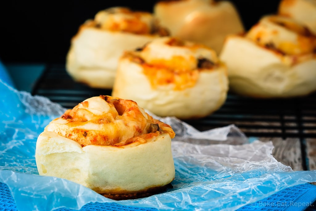 Pepperoni Pizza Rolls - Quick and easy homemade pizza rolls - hot, cheesy, pizza rolls that the whole family will love. Plus, they freeze well for ready made lunches!