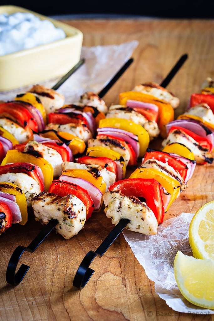 Greek Chicken Kabobs with Tzatziki Sauce - An easy, 30 minute meal for the summer, these grilled Greek chicken kabobs with tzatziki sauce are fantastic. The whole family will love them! #30MinuteThursday