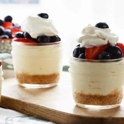 Lemon Berry No Bake Cheesecake Cups - These lemon berry no bake cheesecake cups are easy to make for the perfect creamy dessert for summer. Fast, easy, sweet and creamy, no bake cheesecake cups!