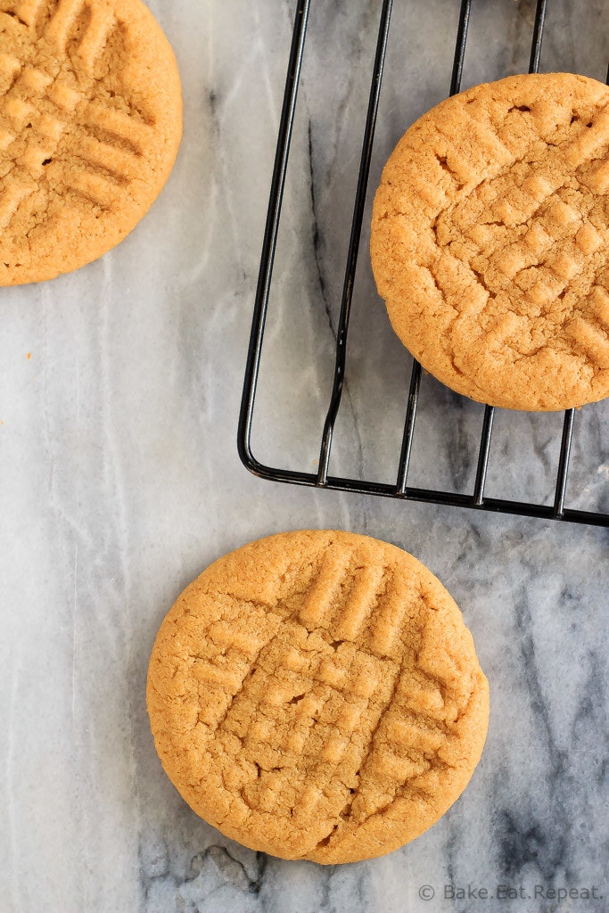 These soft and chewy, 3 ingredient peanut butter cookies are full of peanut butter flavour. Plus they're flourless, use just one bowl and minutes to make!
