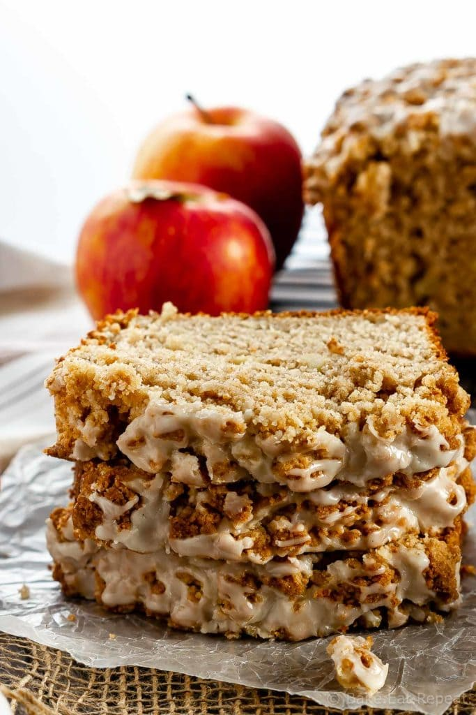 Apple bread with crumb topping and maple glaze