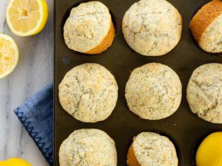 Easy lemon poppyseed muffins