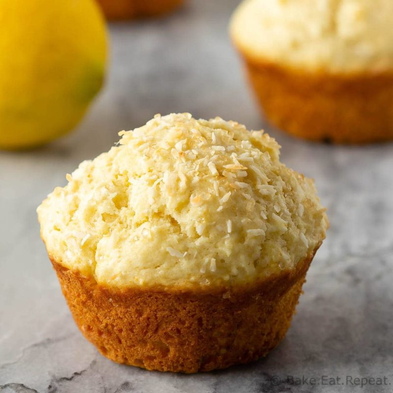 Lemon muffins with coconut