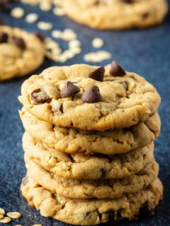 Easy chocolate chip oatmeal peanut butter cookies