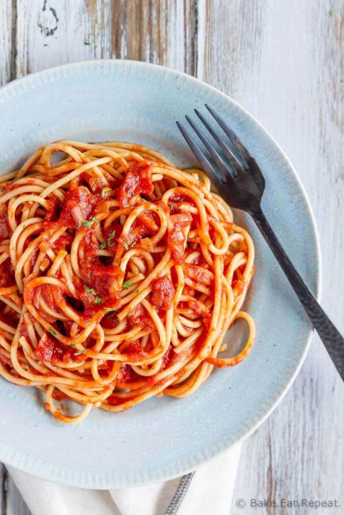 Easy simple pasta sauce