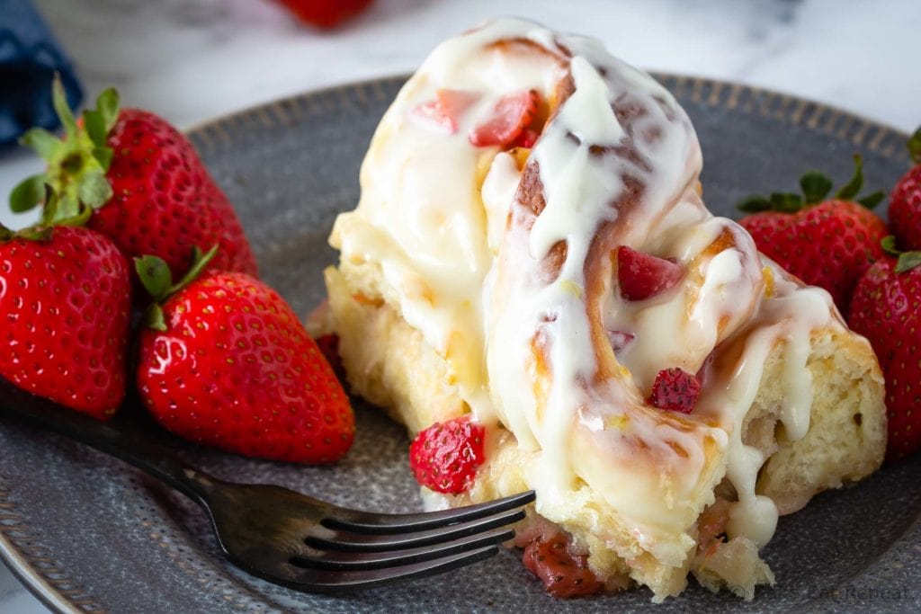 Strawberry lemon sweet rolls that are perfect for brunch.