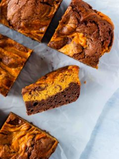 Easy pumpkin cream cheese brownies