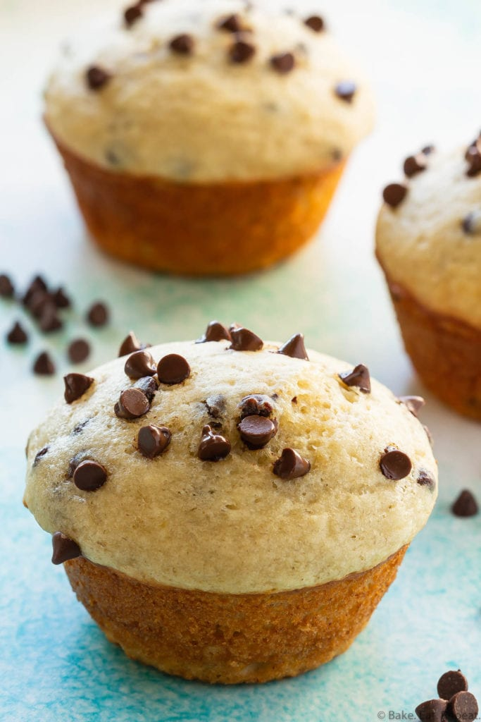 easy chocolate chip banana muffins