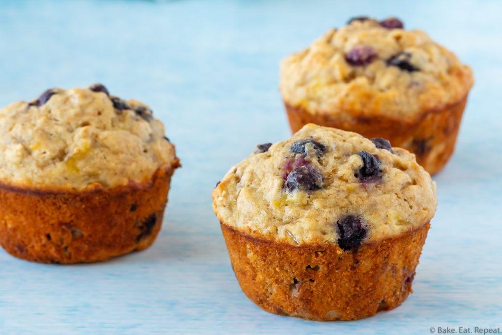 easy banana blueberry oatmeal muffins