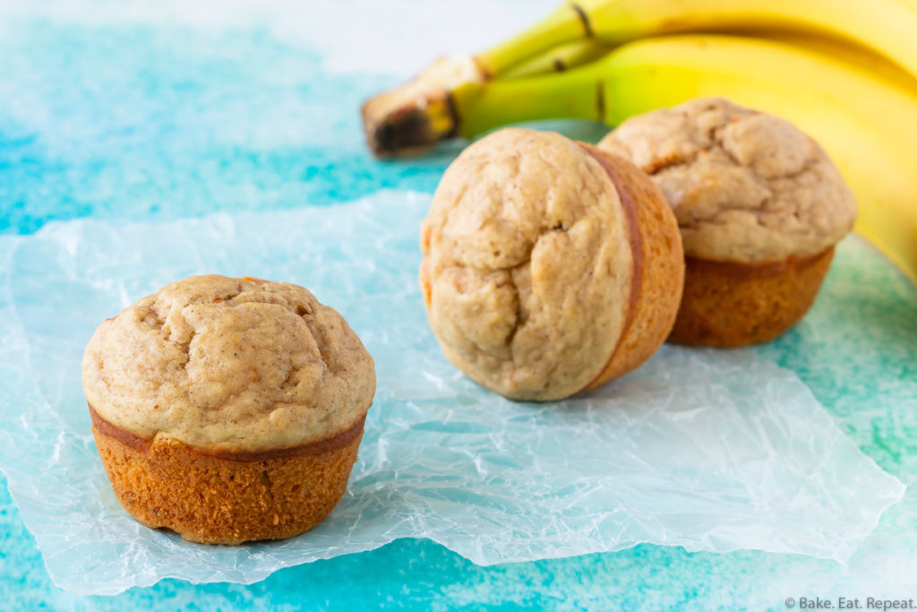 Easy, healthy muffins with bananas and carrots