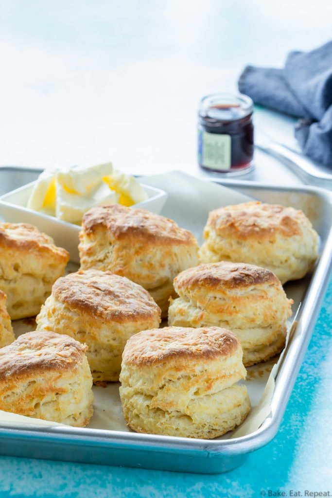 easy buttermilk biscuits